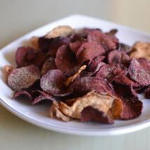Zöldség chips Cheddar sajt ízű 90g (cékla & zeller)