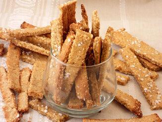 szezámmagos sós ropogós keksz recept vegán bulkshop plantbased növényi alapú étrend